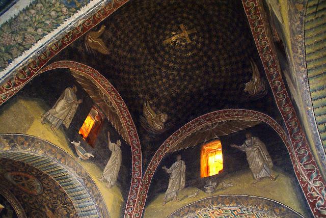 Interiores-basilica-san-vitale-ravena