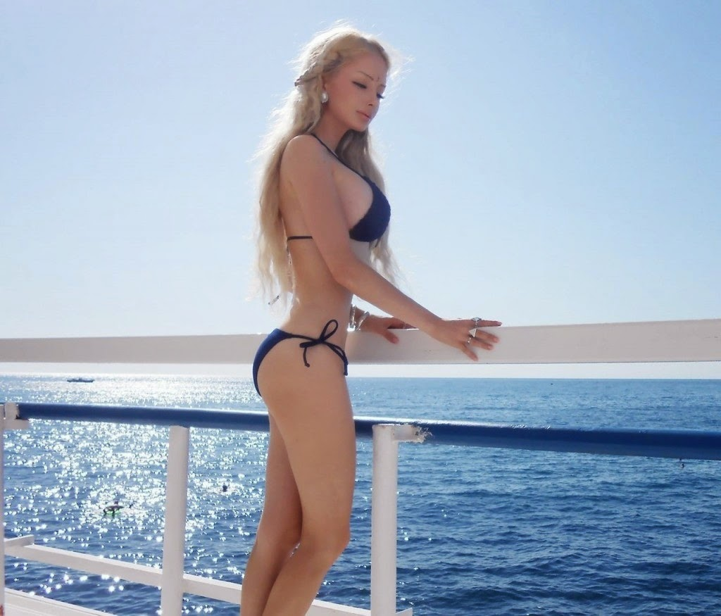Valeria Lukyanova photo 007