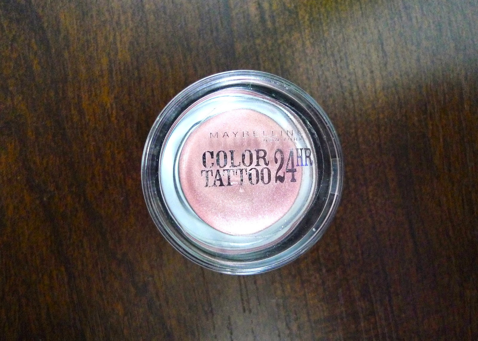 Maybelline Color Tattoo 24 hour Eyeshadow | Review