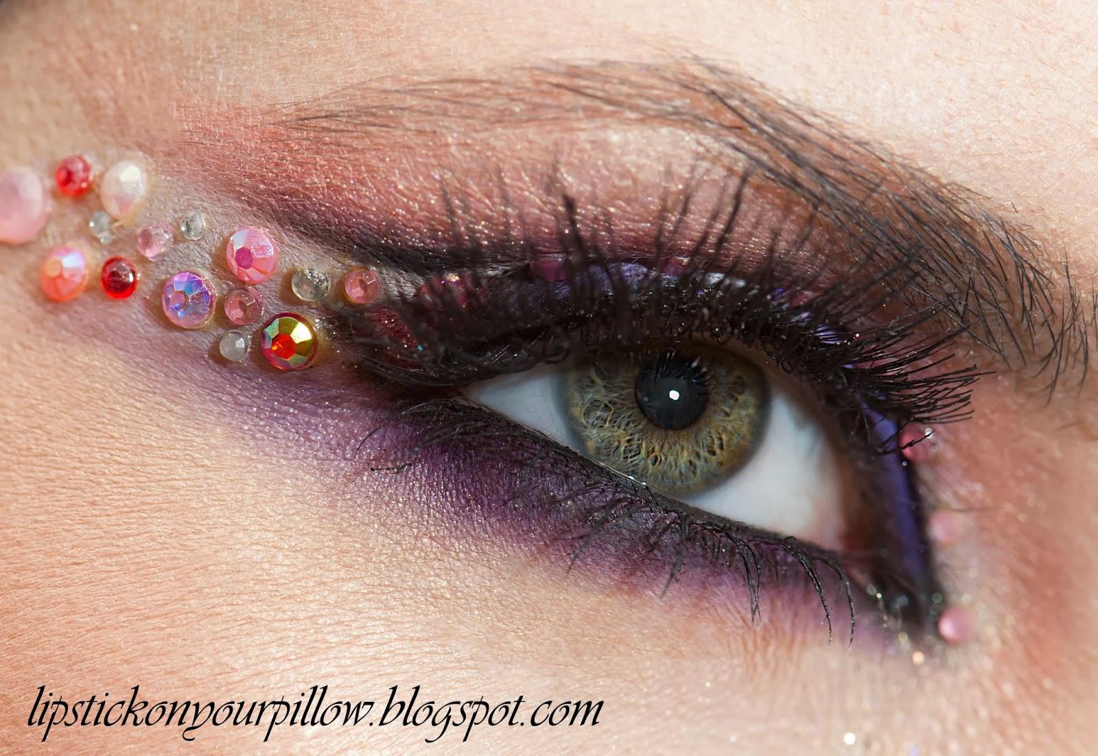 pencil technique makeup closeup