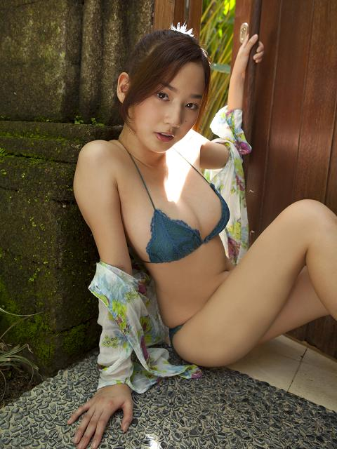 Japanese Model  Kaho Takashima