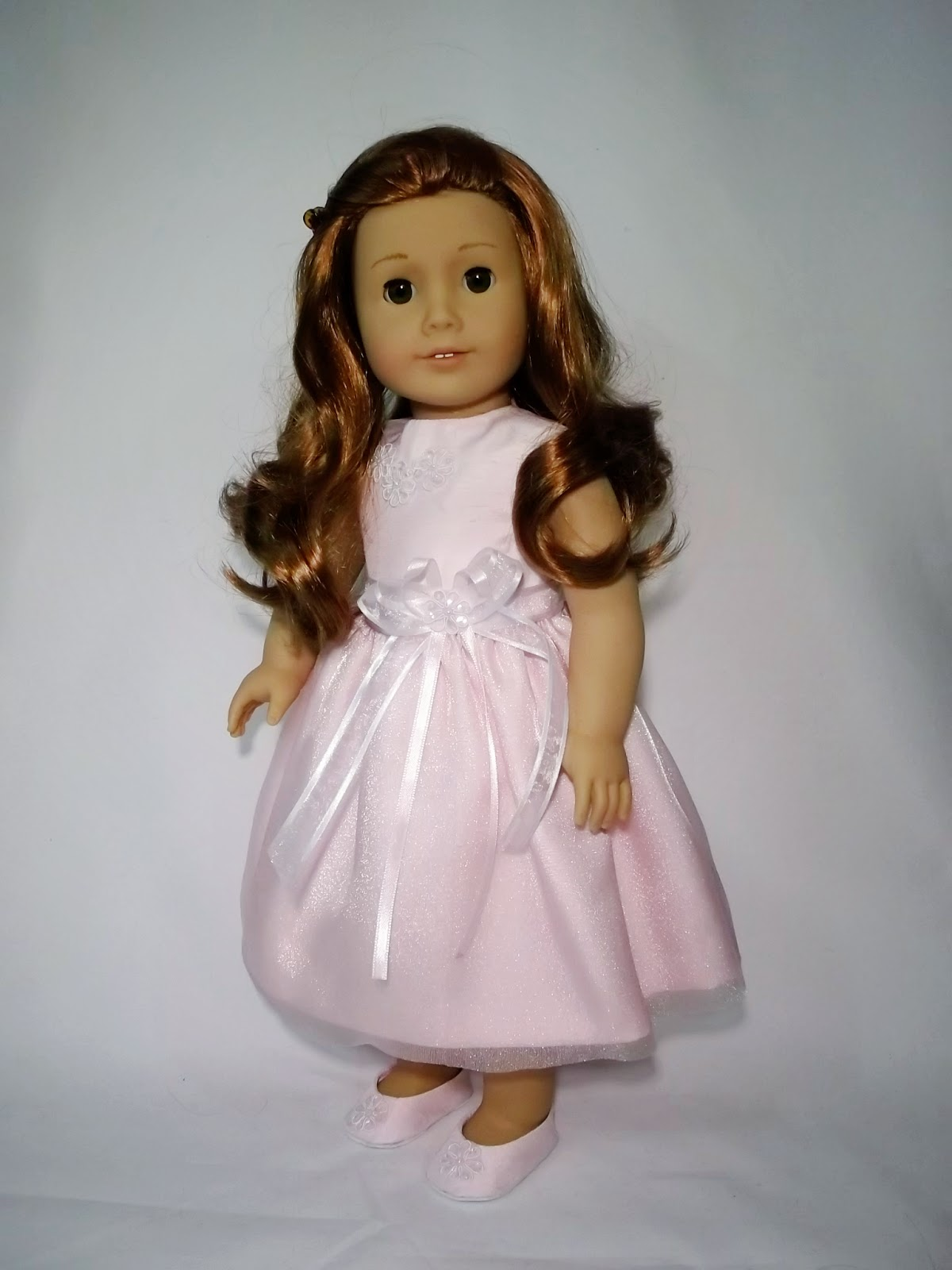 Old fashioned doll clothes 75