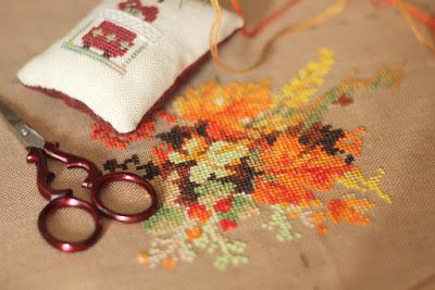 риолис вышивка, риолис схемки, риолис венок с черемухой