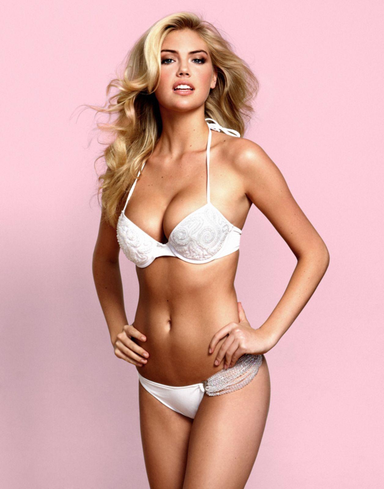 http://4.bp.blogspot.com/-BkHt-zxuHfc/TZ0wdY-NmpI/AAAAAAAAAlo/r1pYA5U6-Xo/s1600/Kate-Upton-White-Bikini-2.jpg