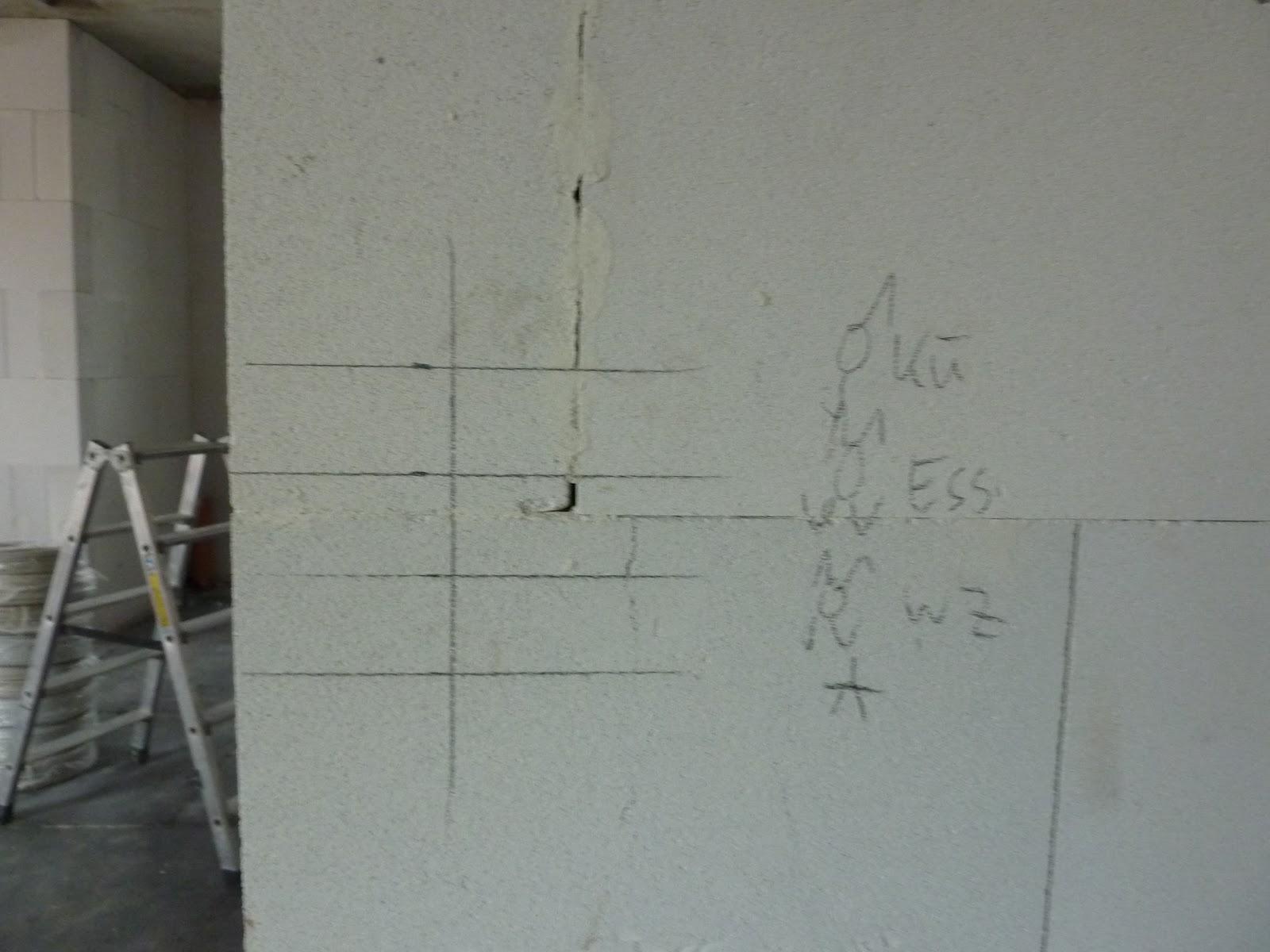 little home of hope so sieht die vorbereitung f r die elektrik aus. Black Bedroom Furniture Sets. Home Design Ideas