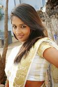 Eesha Ranganath Photos-thumbnail-2
