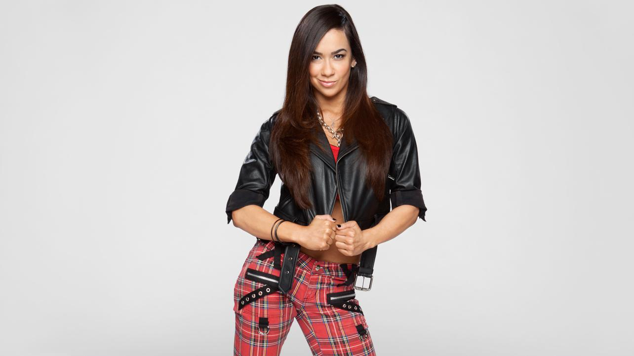 Wwe Aj Lee Sexiest Moments Com: wwe magazine's a