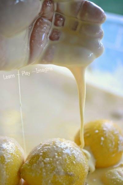 How to make frozen lemon Oobleck - sensory play for summer