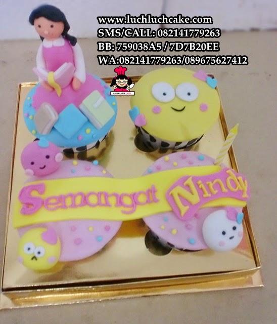 Cupcake Untuk Sahabat Tema Emoticon Cute Daerah Surabaya - Sidoarjo