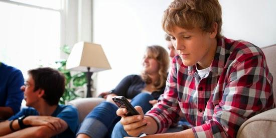 Consecuencias negativas por uso excesivo del celular