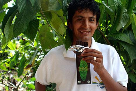 Kallari chocolate worker