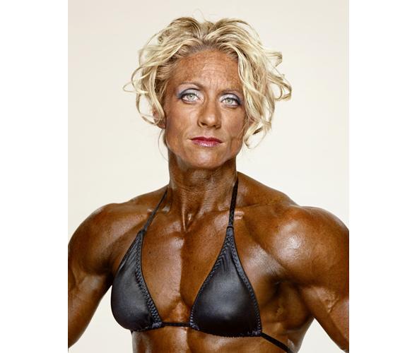 Фото страшной женской груди 10021 фотография