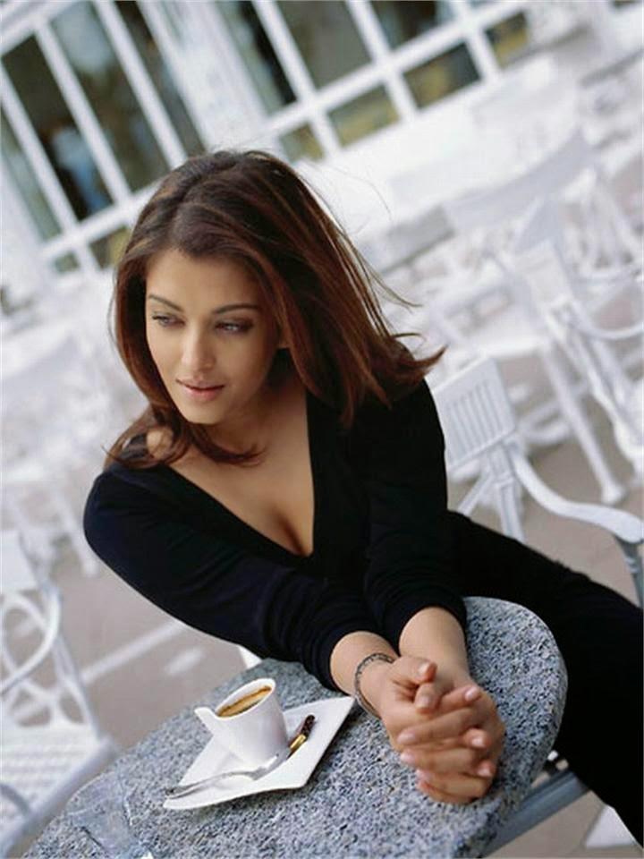 Aishwarya Rai's House home unseen raer personal life pics of bollywood actors-bollywood actresses hot bollywood actress