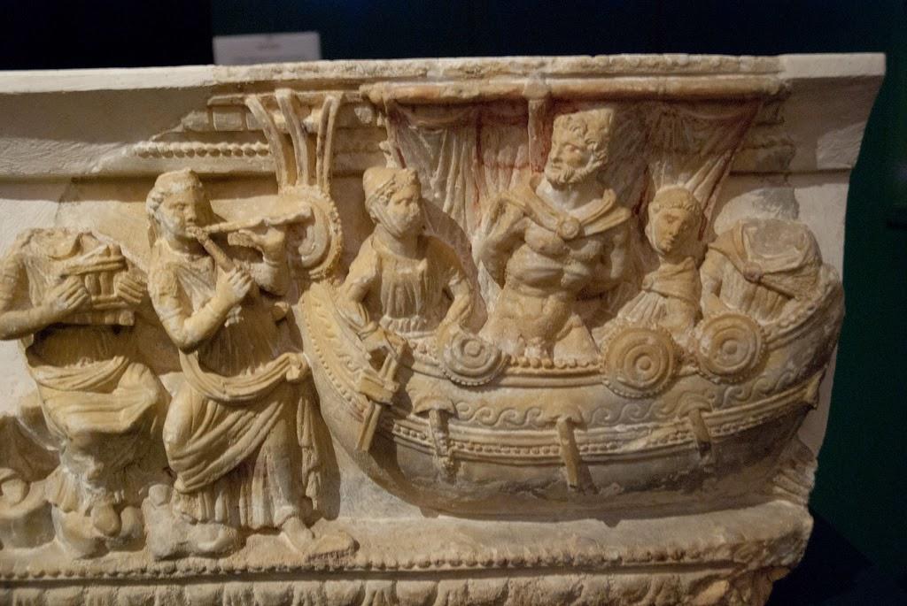Relieve sepulcral etrusco - Ulises resistiendo el canto de las sirenas