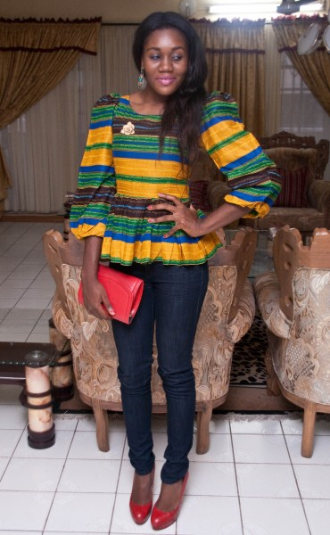 Ladies Ankara Tops For Jeans, ankara top styles with Jean shorts, ankara too with Jean trousers, perfect Ankara tops design for ladies, hot Ankara styles for jeans to match