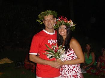A Tradição Neopagã é renovar os votos do casamento anualmente , diante dos Deuses .