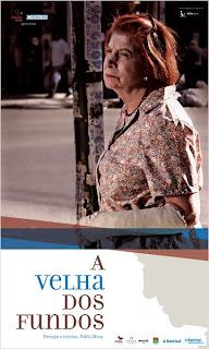 """Cartaz brasileiro do filme argentino """"A Velha dos Fundos"""""""