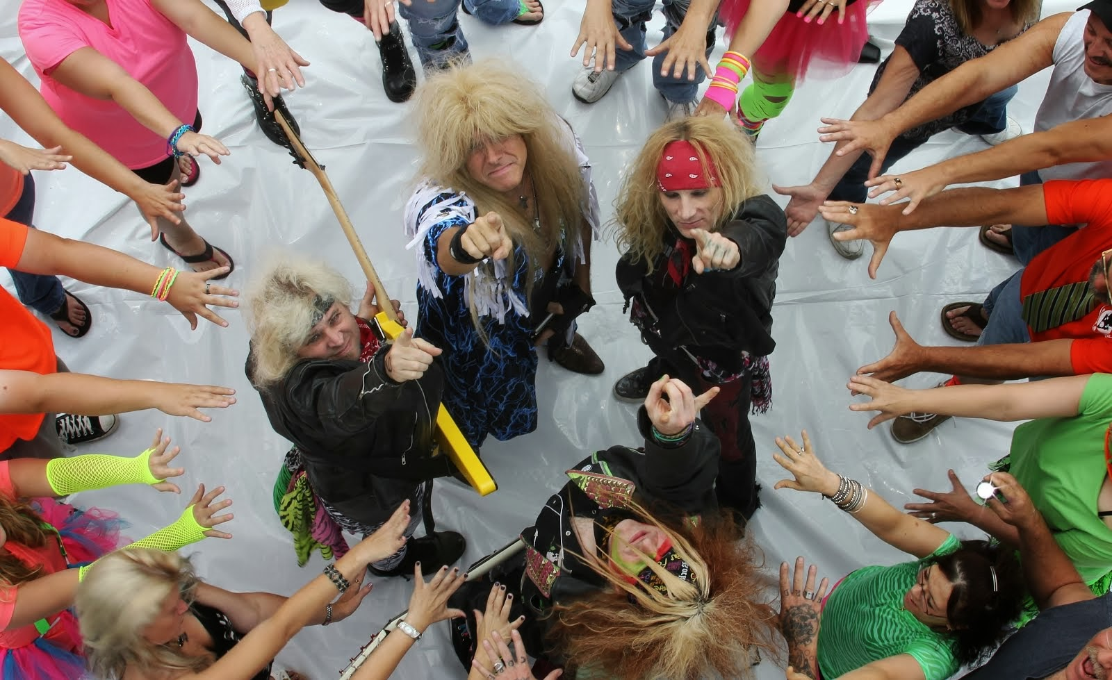 The Official Blog Of The Nation's Number One 80's Hair Metal Tribute Band, 3D In Your Face.