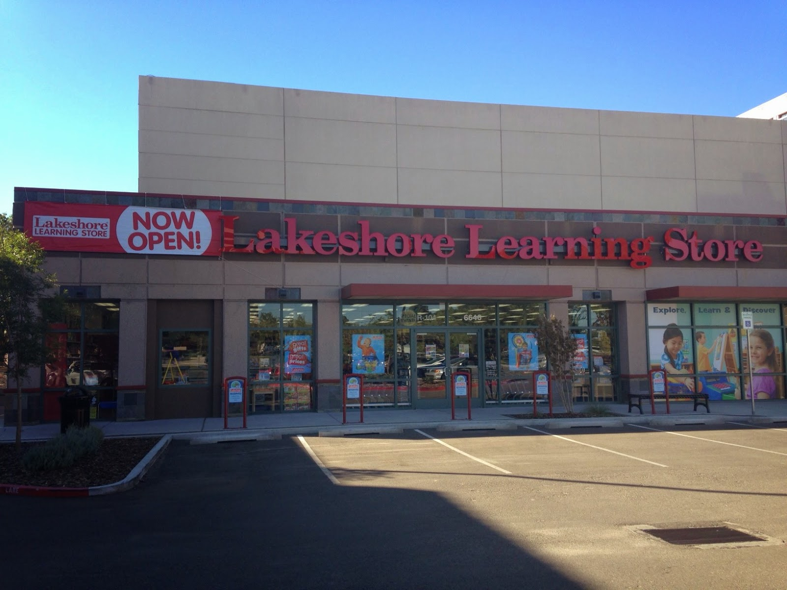 Lakeshore Learning Materials Median Hourly Rate by Job