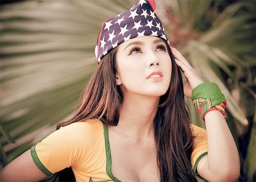 Linh Napie Bikini đẹp gợi cảm trong màu áo Brazil