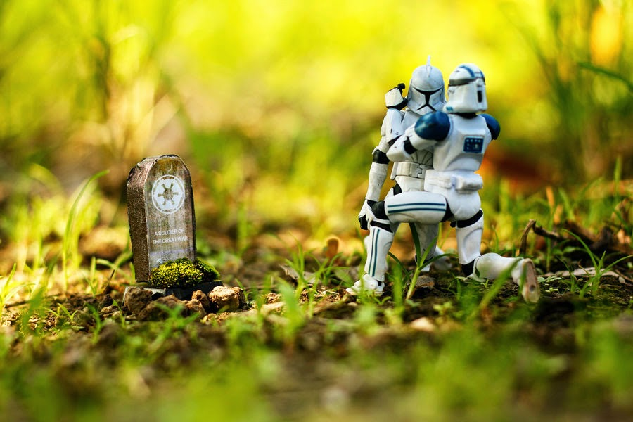 Fallen Stormtrooper Star Wars Clonetrooper death