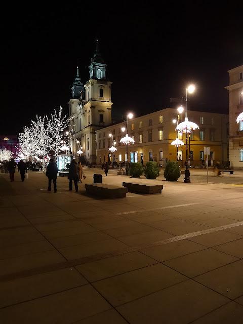 Świąteczna iluminacja na Krakowskim Przedmieściu