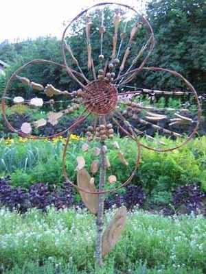 Mon jardin fleuri id es d coration en bois pour le jardin for Decoration osier pour jardin