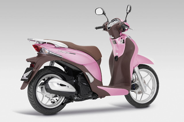 SH Mode 125 Scooter rear