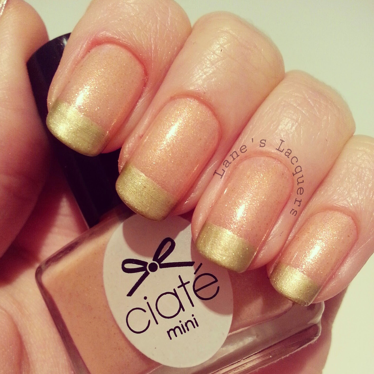 ciate-mini-mani-manor-sloaney-sweetie-white-glitter-nails (2)
