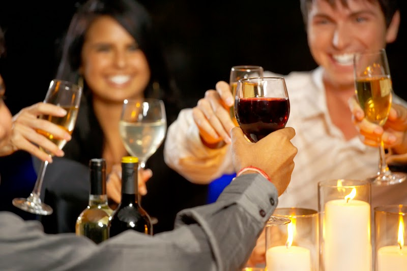 A New Study Suggests That People Who Don't Drink Alcohol Are More Likely To Die Young