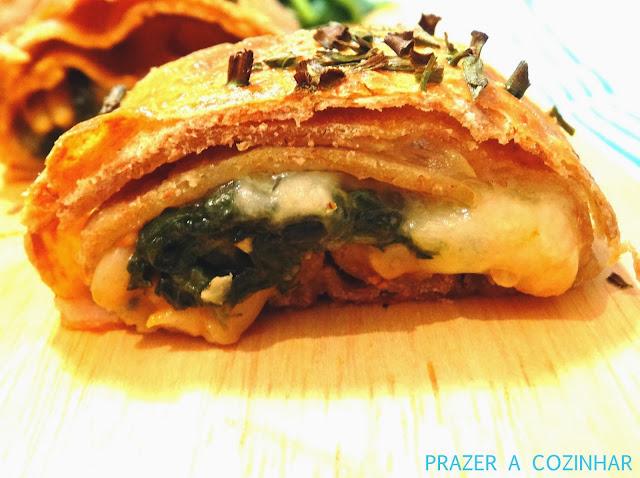 prazer a cozinhar - Strudel de espinafres, pinhões e queijo