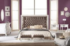 decoración dormitorio morado