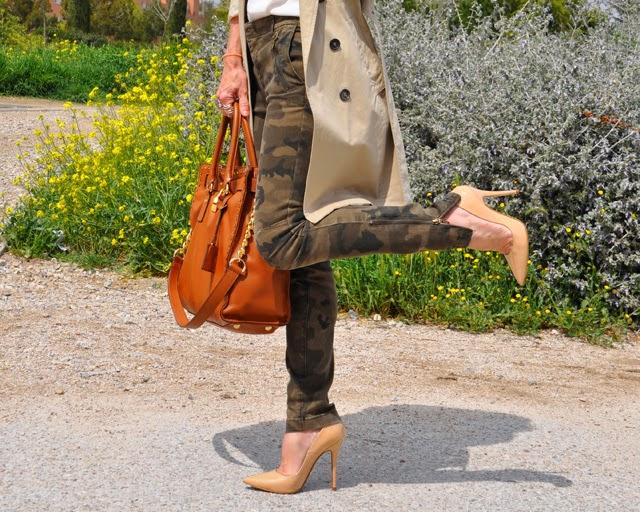 Como llevar un pantalon camuflaje  How to wear camo pants