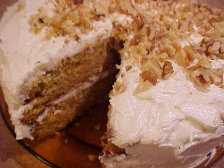 Gâteau aux carottes et au sirop d'érable,glaçage crémeux au sirop d'érable