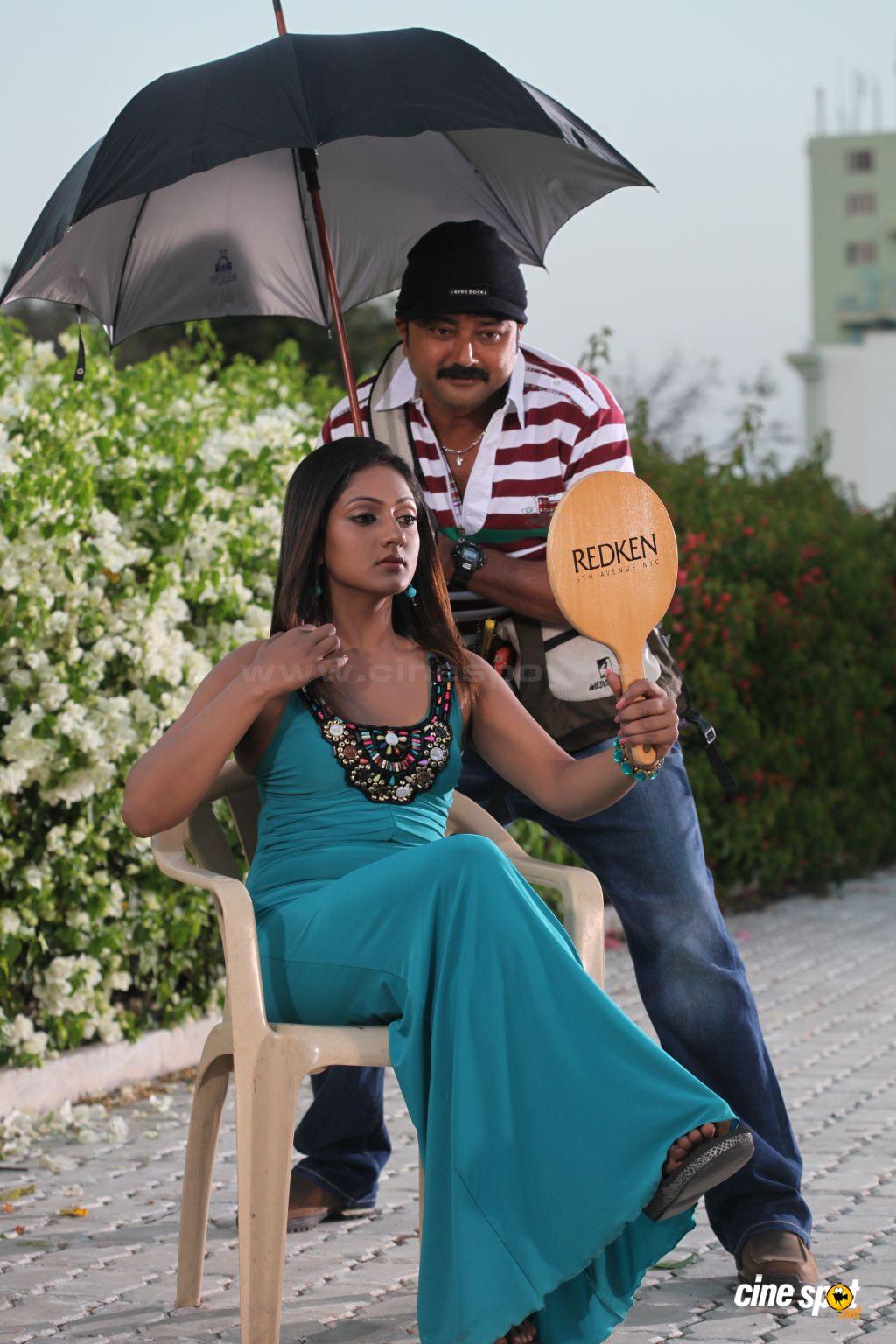 Sxx BLOG: Photos Sheela from Make up man malayalam movie