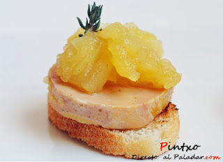 http://www.directoalpaladar.com/recetas-de-aperitivos/aperitivo-de-foie-y-compota-de-manzana-receta