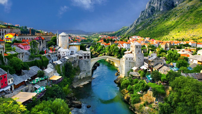 http://4.bp.blogspot.com/-BoPUuSyj938/UQq5tZoMCkI/AAAAAAAABss/e_YJ9232ylw/s1600/Beautiful-City-Green-Wallpaper-HD.jpg