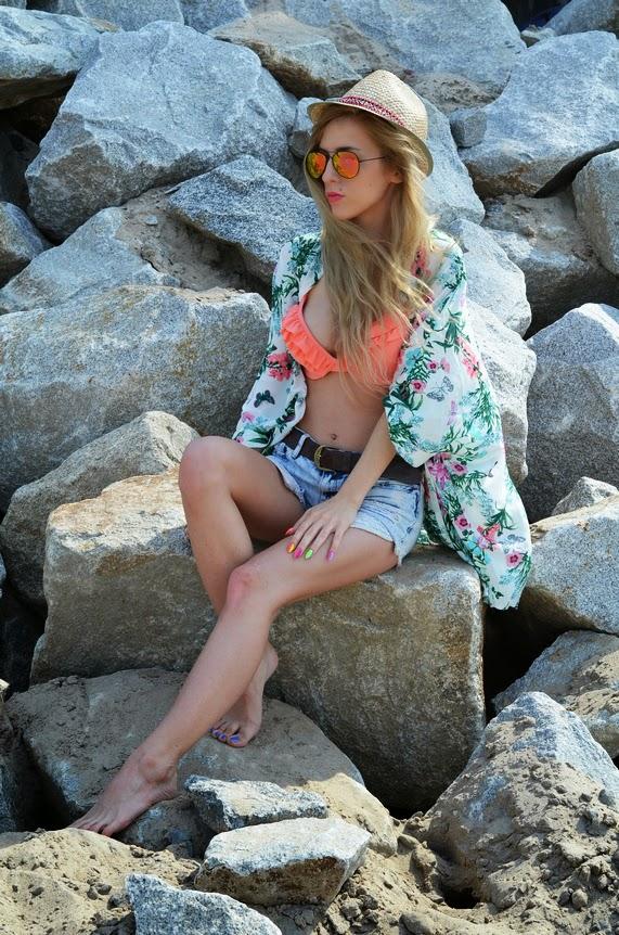 http://www.oasap.com/sweaters-cardigans/42826-gauzy-floral-kimono.html
