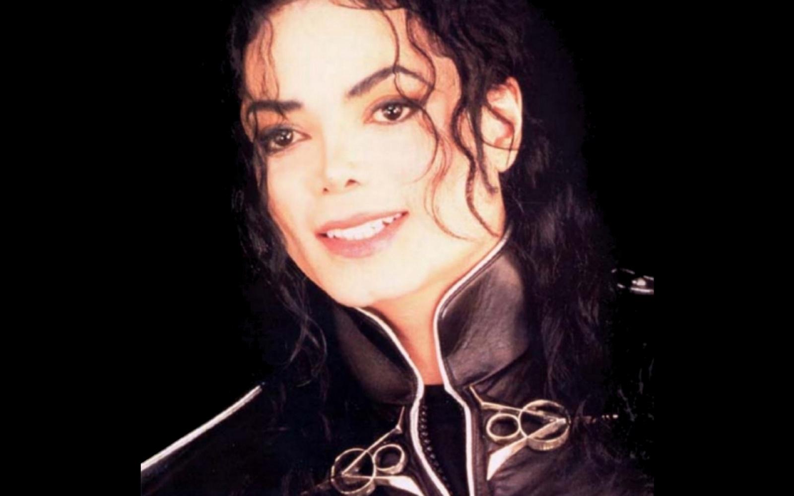 http://4.bp.blogspot.com/-BoTy-5Yvj_I/USjjgQt-YXI/AAAAAAAAH24/ZTABDmM5ltQ/s1600/ws_Michael_Jackson_1600x1200.jpg