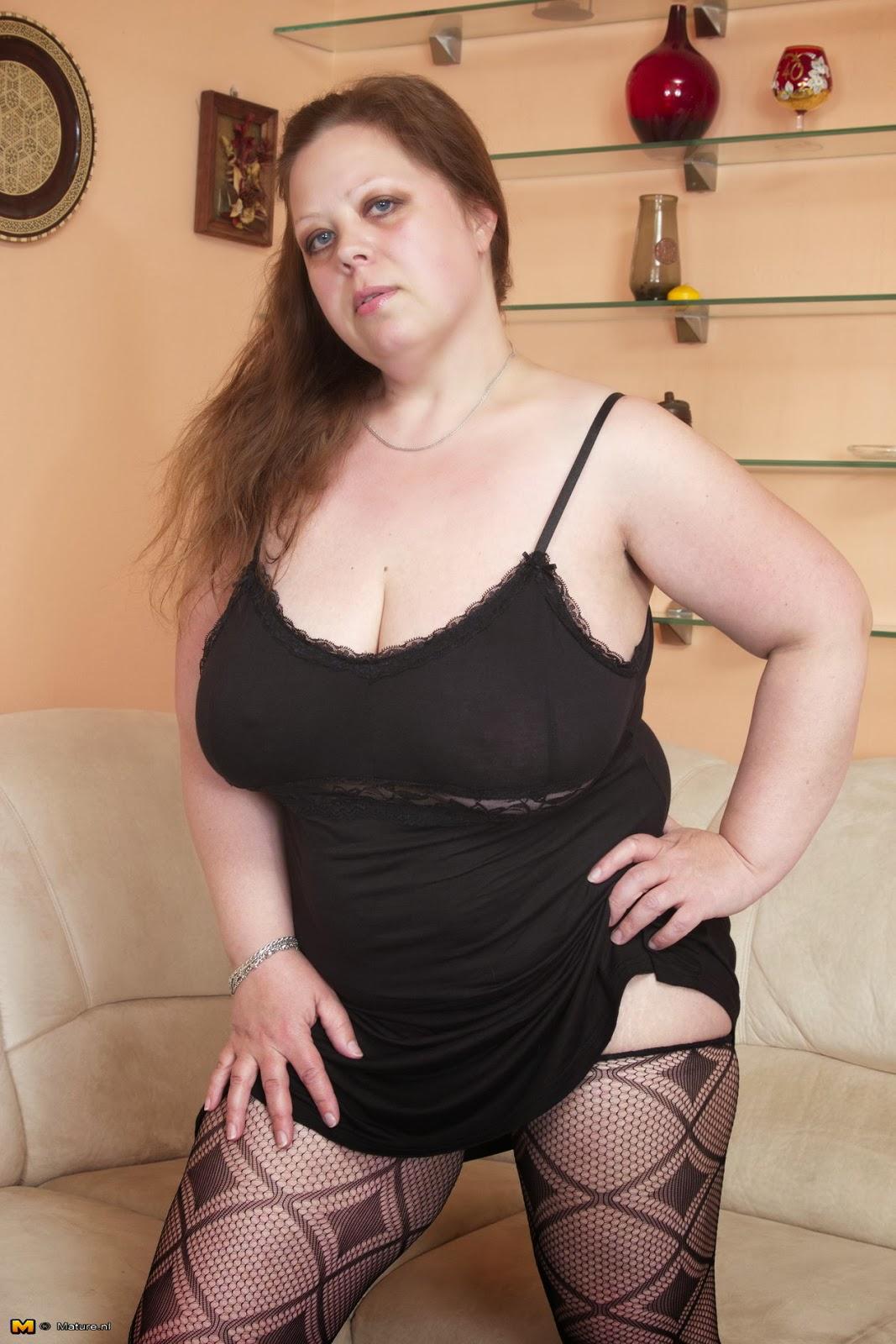 Толстая служанка фото 18 фотография