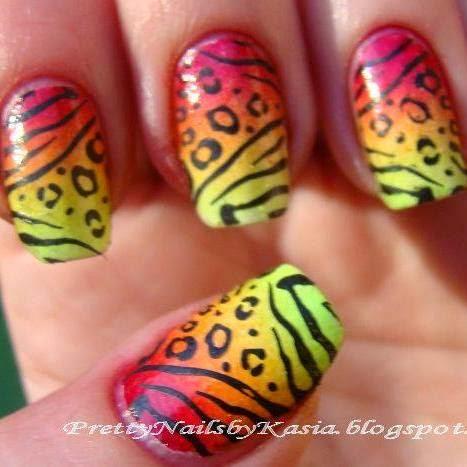 http://prettynailsbykasia.blogspot.com/2014/10/31dc2014-day-10-gradient-nails-czyli.html