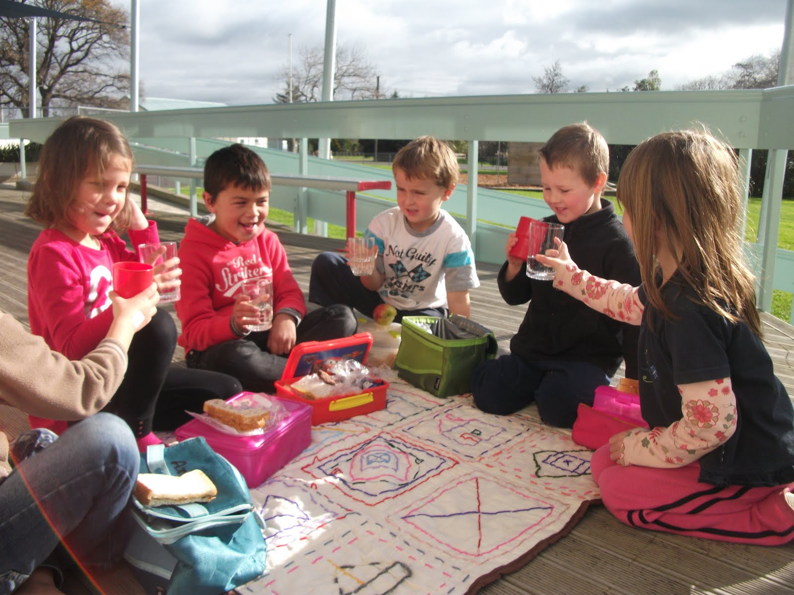 class picnic This class is designed to provide information, songs and activities to help stimulate early learning, communication, fine and gross motor development learn surprising things your baby can already do and how you can foster your baby's early development.