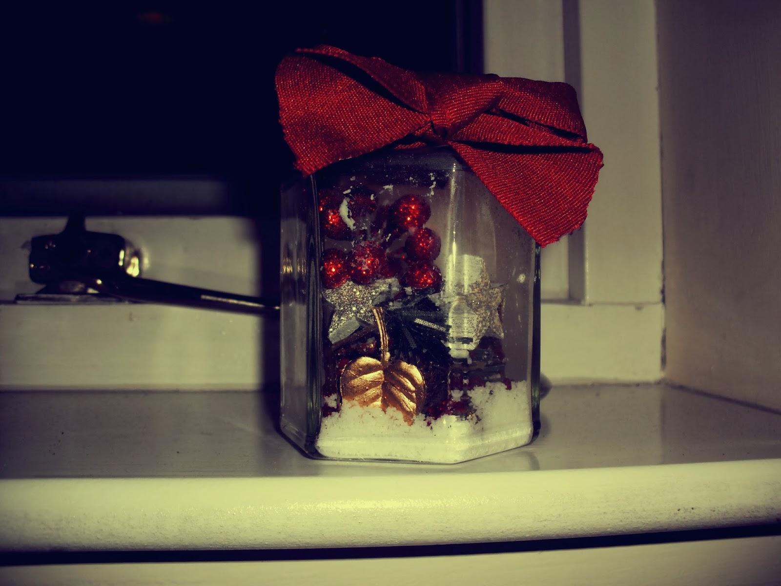 Decorating Ideas > ♡DIY Christmas Decoration Ideas♡  SUZYBLUE ~ 120818_Diy Christmas Decorations Ideas Bethany Mota