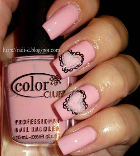 лак за нокти бебешко розово