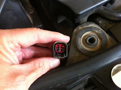 Land Rover Hood Sensor
