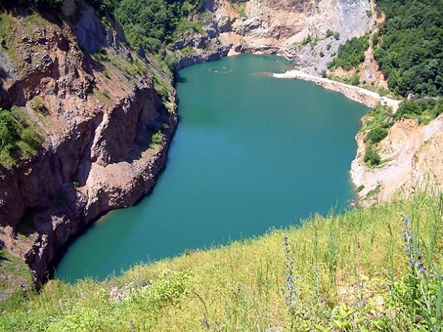 جزيرة فورسكا غورا في صربيا
