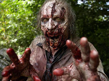 esq-walking-dead-walker-zombie-111510-lg