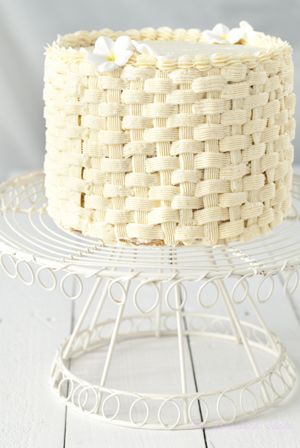 The sweetest taste paso a paso tarta cesta - Decorar cestas de mimbre paso a paso ...