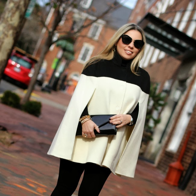 BR Monogram Colorblock Wool Cape - Banana Republic, Black Leggings - Zara, Tuxedo Style Black Shoes - Schutz Brazil, Clutch - Aldo