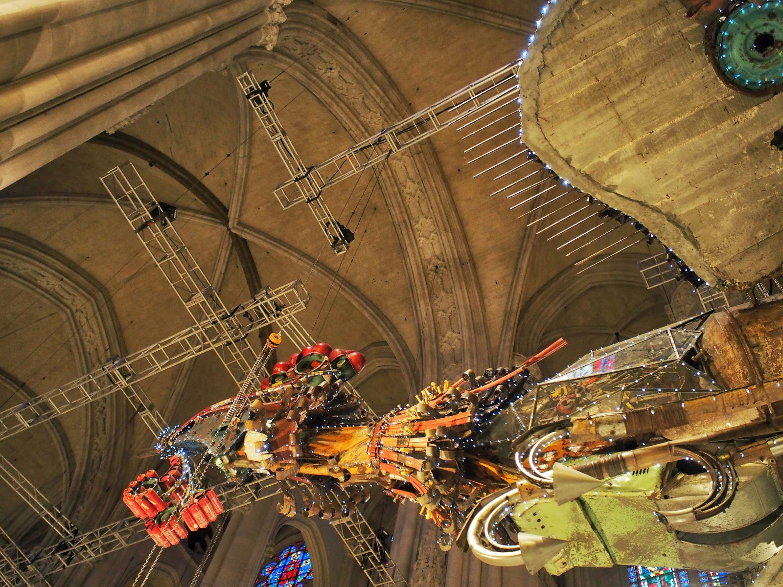 Bird on a Wire #birdonawire #phoenix #xubing #stjohnthedivinecathedral #art #nyc ©2014 Nancy Lundebjerg